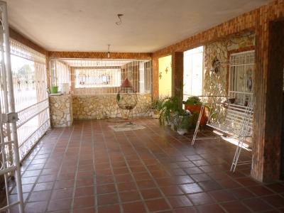 Se Vende Hermosa Casa de 3 Habitaciones en la Av 34 con Carretera K de Ciudad Ojeda