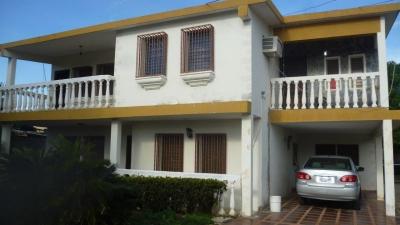 Inmobiliaria Inservipcon Vende Espectacular Casa de 4 Habitaciones en la Carretera N