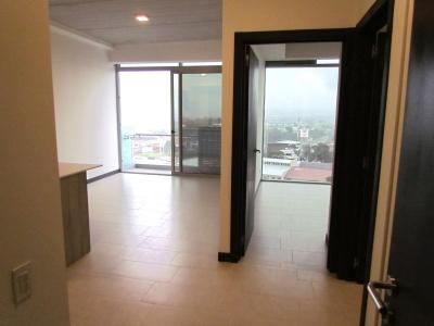 Apartamento Nuevo en Alquiler en Rohrmoser #7921
