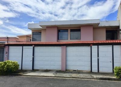 Rohrmoser venta propiedad con 2 casas gemelas