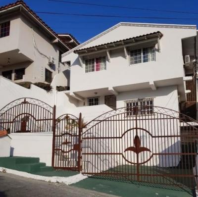 Vendo Casa Espléndida en Altos de Panamá 18-8154**GG**