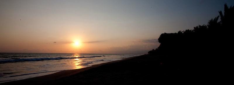 En venta terreno de 3,214.29 Vrs2 frenta al mar ubicado en Playa Amatecampo