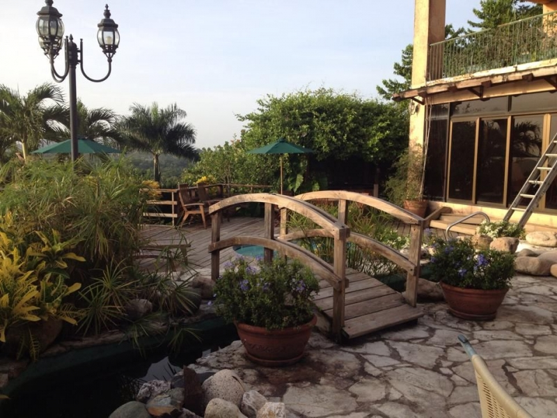 Finca en San Cristobal con casa de 3 niveles y piscina