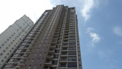 Vendo Apartamento Exclusivo en PH La Vista, Santa María 17-6850**GG**