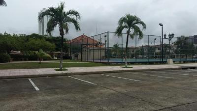 Vendo Casa a Estrenar en PH Costa Bella, Costa del Este 18-3781**GG**