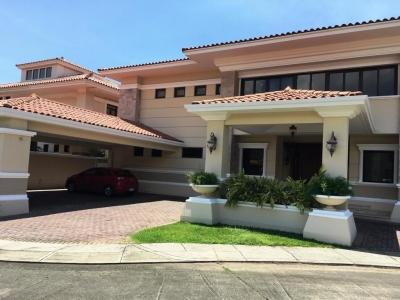 17-4871 AF Se alquila grandiosa casa en Costa del Este