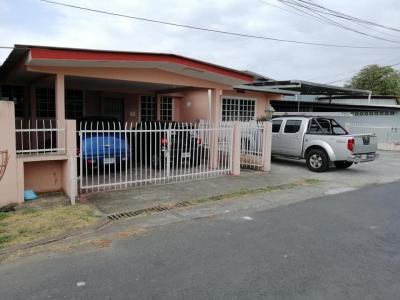 A8V-C-0005 Casa Grande en Venta Llano Bonito Juan Diaz