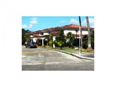 Casa 350mt2 distribuidos en dos plantas de Lujosa MPC983
