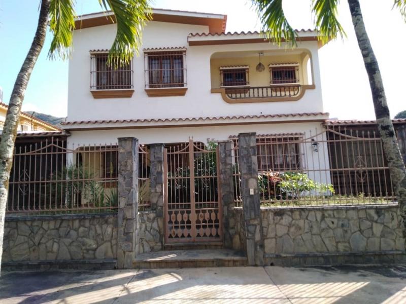 Las Chimeneas - Casas o TownHouses