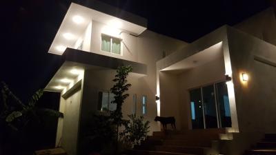 Casa 2 Niveles Diseño Moderno