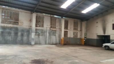 En Venta Nave Industrial de 1137m2 en La Altagracia