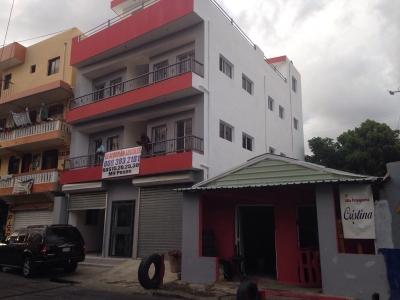 Vendo edificio comercial en Ave Isabel Aguiar
