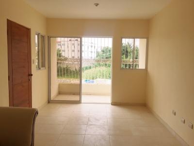 Alameda, Apartamento en 2do. nivel, 3 habitaciones
