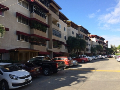Apartamento Penthouse en Condominio Santo Domingo Av. Isabel Aguiar
