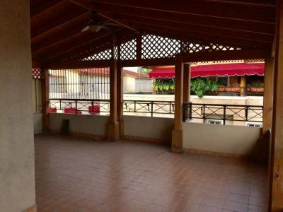 En Herrera Penthouse condominio Santo Domingo con terraza