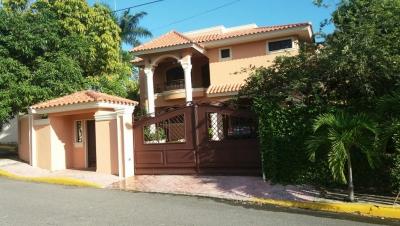 Se Vende Casa en Alameda
