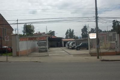 AMPLIO PARQUEADERO EN AVE. AMERICAS