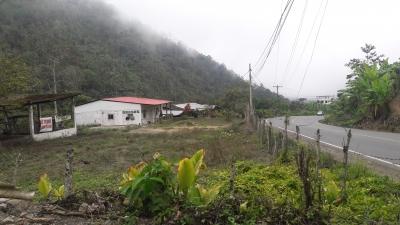 Finca ubicada al pie del carretero a Balzapamba, en la vía a Guaranda ,