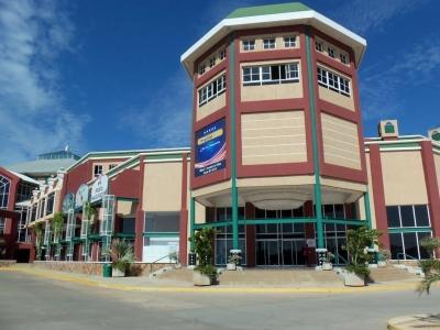 Local en Centro Comercial Puente Real