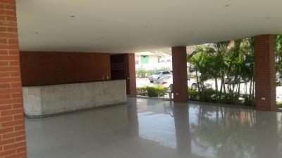 Lindo apartamento de oportunidad en Costarena Suites