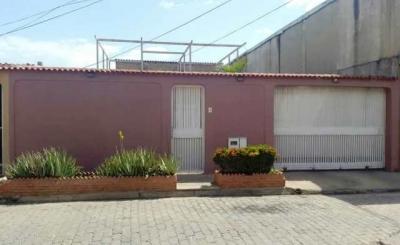 Vendo Linda Casa Urb. Fundación Mendoza. Barcelona. 350m2. 5 Habitaciones