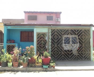 CASA EN LA URB. LOS VIDRIALES DE BARCELONA, BOYACA 2