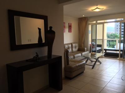 Exclusivo y elegante apartamento completamente amueblado y equipado en San Benito $1,400 Llámenos ya!