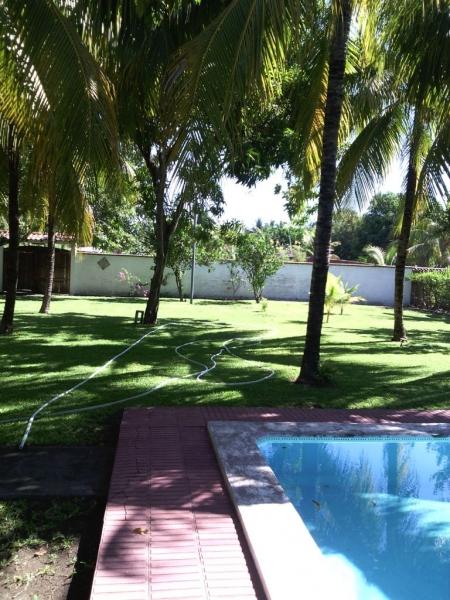 Vendo Rancho en Costa Azul, 3era. fila. Rancho amueblado