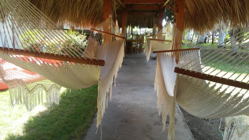 Vendo casa de playa en Costa Azul en privado-Bocana — en Costa Azul, Sonsonate