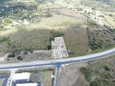Terreno en Río Hato  sobre la Ave. Interamericana    MEB/AD ID. 15592