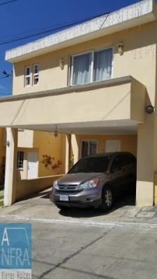 Preciosa casa en Villas de Fatima