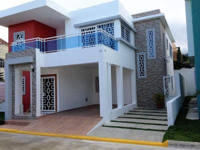 Sofisticada Casa en excelente lugar
