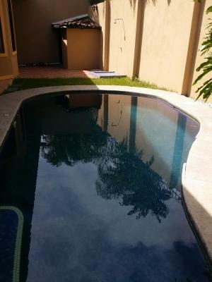 JointCapitalCR Alquila Casa en Residencial en Ciudad Cariari - Heredia
