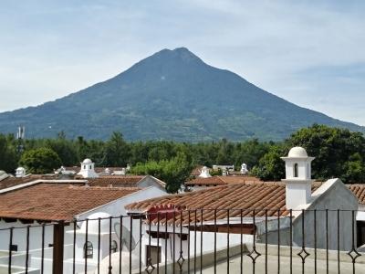 Casa de 310 m2 de construcción en Renta, Antigua Guatemala