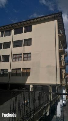 Arriendo departamento Centro de Quito, calle Galápagos y García Moreno $350 2353232, 0997592747