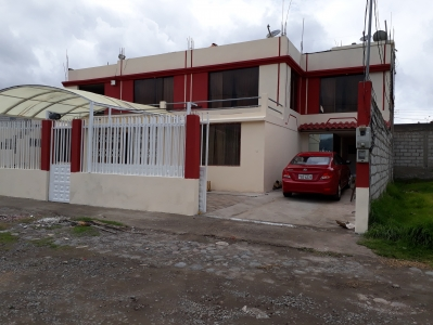 HERMOSA CASA CON 2 DEPARTAMENTOS INDEPENDIENTES DE OPORTUNIDAD