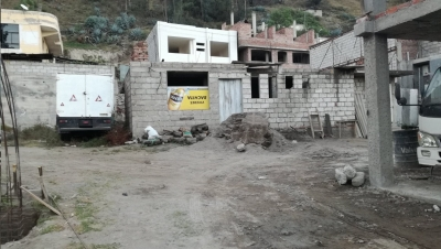 VENDO TERRENO CON CONSTRUCCIÓN EN OBRA GRIS