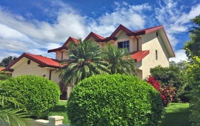 GANGA - US$330000, Los Reyes, Casa con 4 Habitaciones