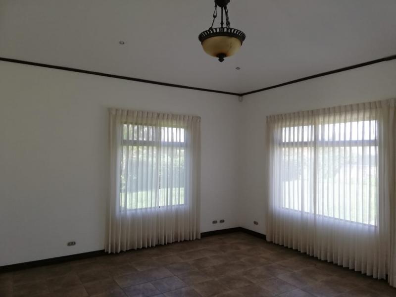 Casa en alquiler Hacienda Los Reyes