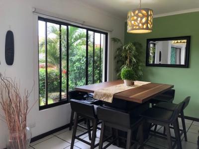 Casa en venta, La Guacima, Los Reyes