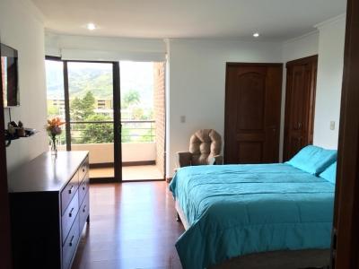 CityMax vende bello apartamento en torre de condominios, en La Sabana. 3 habitaciones