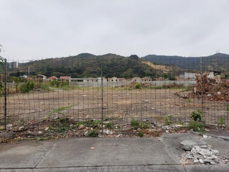 Venta terreno  6.292 Urb. Puerto Azul