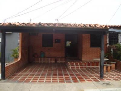Bella casa ubicada en Cabudare en urbanismo cerrado