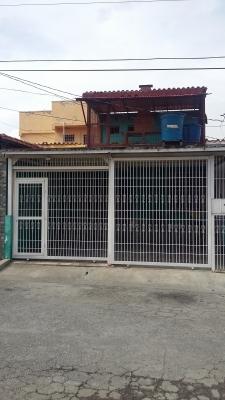 ¡¡¡Vendo Casa de dos Niveles en Urbanizacion El Amanecer/Cabudare!!!