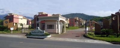URBANIZACION JARDINES DEL ROCIO EN MACAS