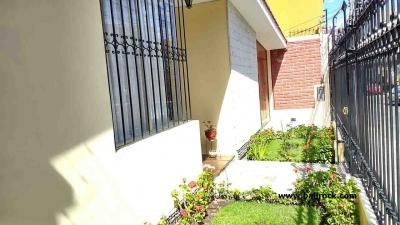 Casa cerca Avenida La Paz, Cercado, Arequipa