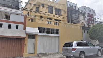 CASA DE VENTA PONCIANO, JUNTO A BALCONES DEL NORTE.