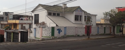 CASA ESQUINERA 460 M2, CON DEPARTAMENTO Y LOCAL DE ARRIENDO