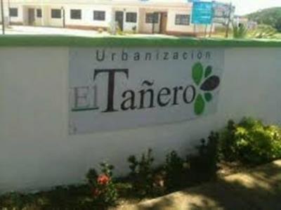 Vendo comoda casa semi amoblada en Miaranda Carabobo