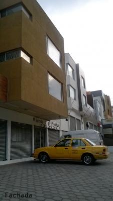 Arriendo local en Quito, sector Balcón del Norte, a 3 minutos del Condado Shopping $500 Inf: 2353232,0997592747,0992758548